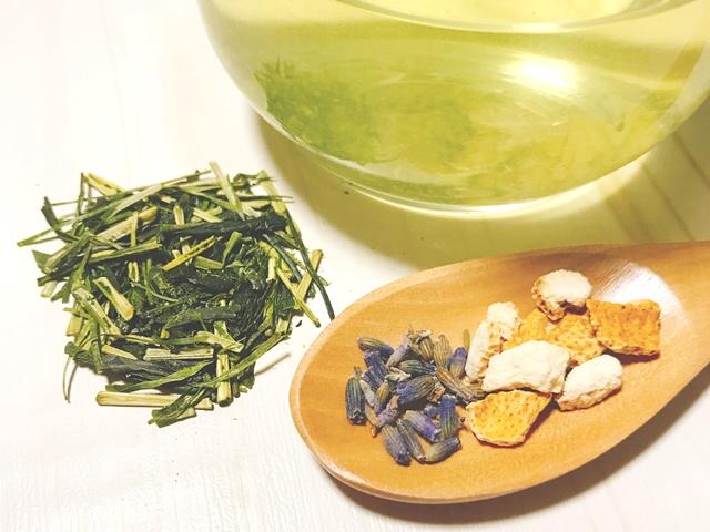 ラベンダーの安眠ハーブ緑茶